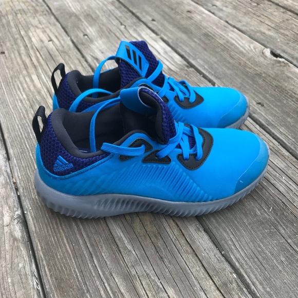70% le adidas maschi alpha salta e scarpe da corsa di dimensione 1 poshmark